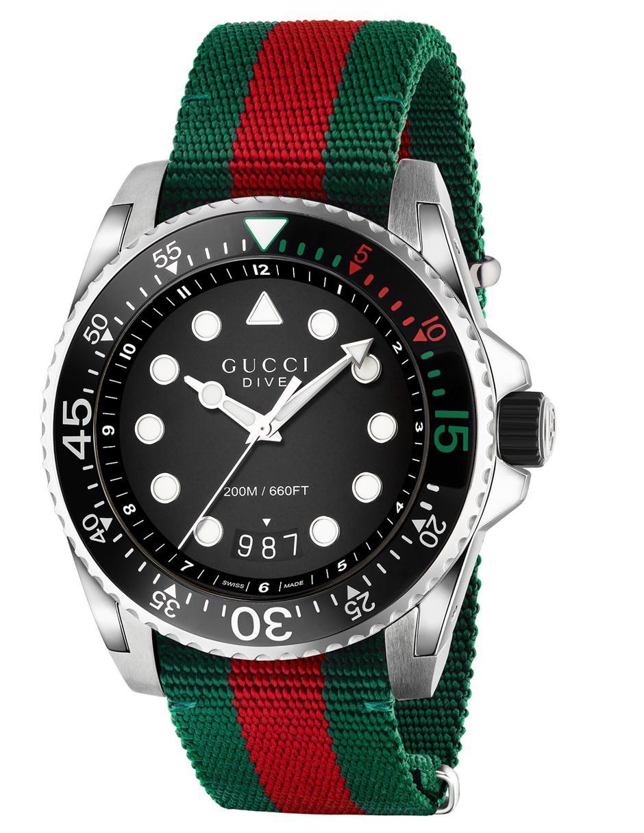 6b5f2137bfb22 Reloj para caballero Gucci Dive YA136209 verde